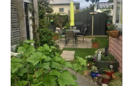 Airbnb - Room in Woolston